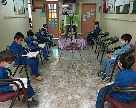 برگزاری محفل انس با قرآن کریم در مدرسه